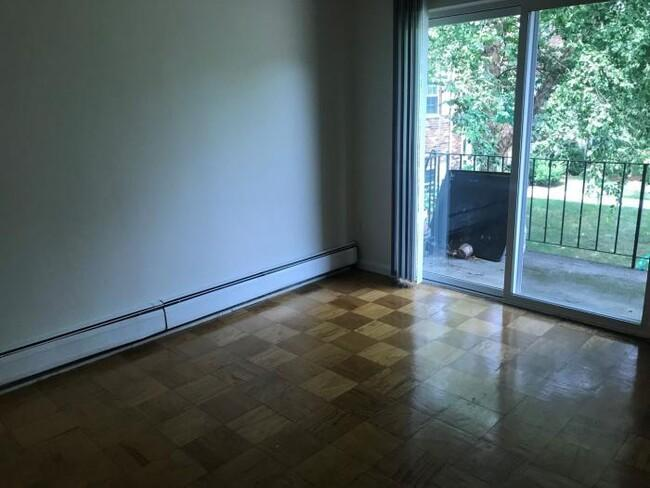 100 Plymouth Dr #2C, Norwood, MA - $2,485 USD/ month
