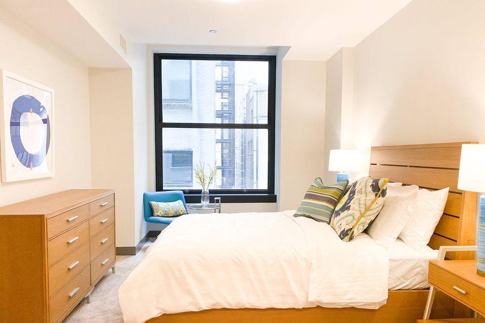 29 S LaSalle St #0211, Chicago, IL - $2,615 USD/ month