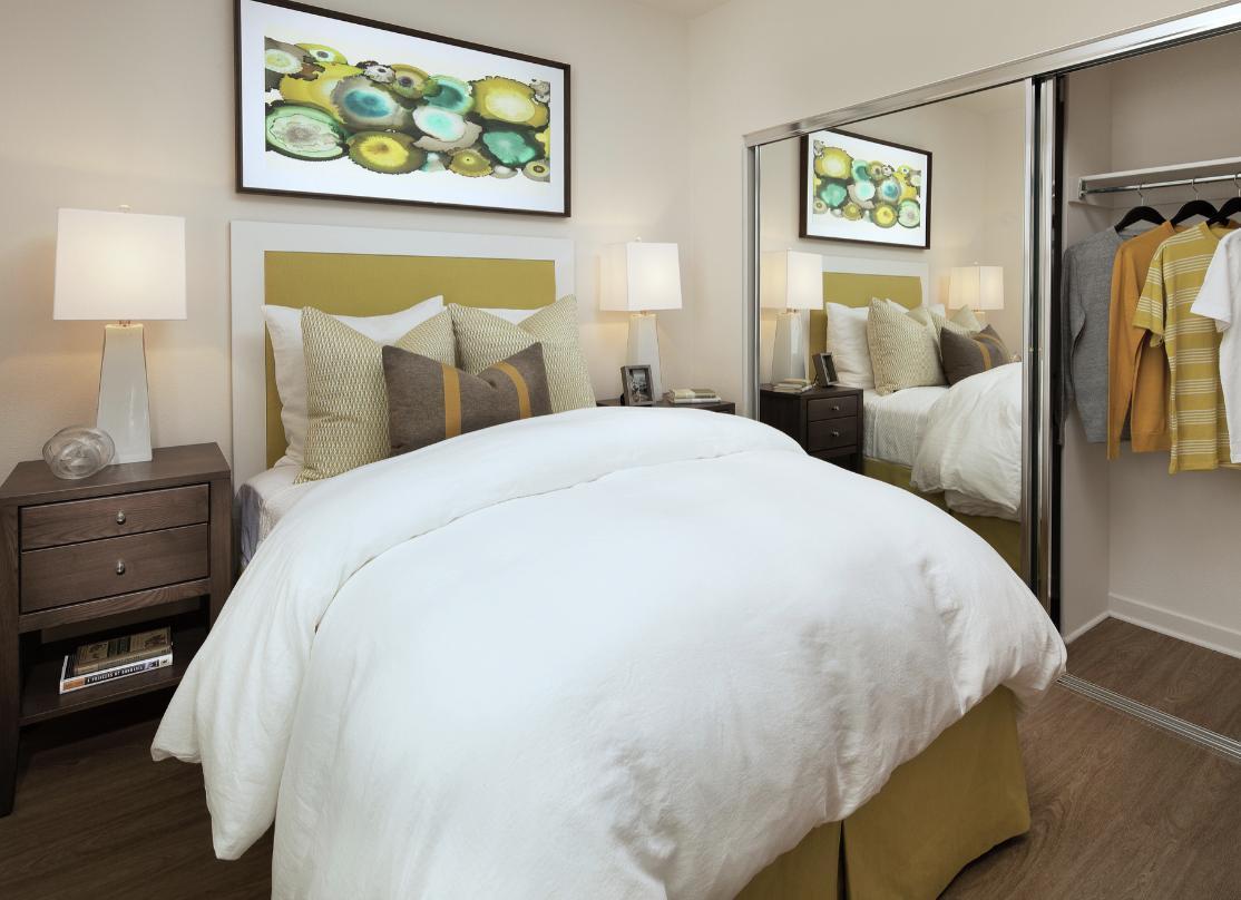 400 Enclave Circle #444-201, Costa Mesa, CA - $2,425 USD/ month