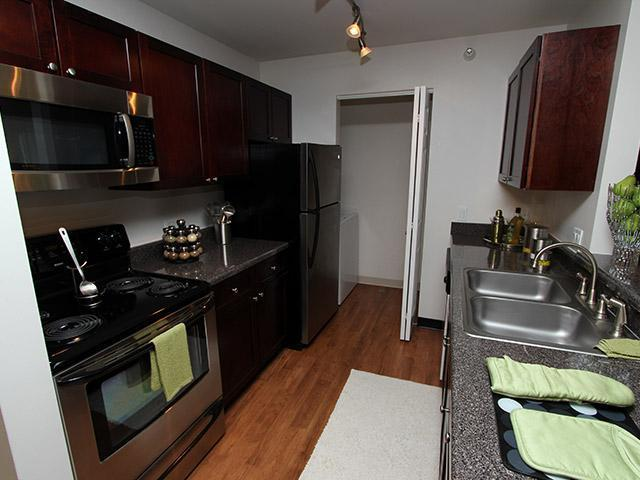 232 Butterfield Dr #318-21, Bloomingdale, IL - $1,354 USD/ month