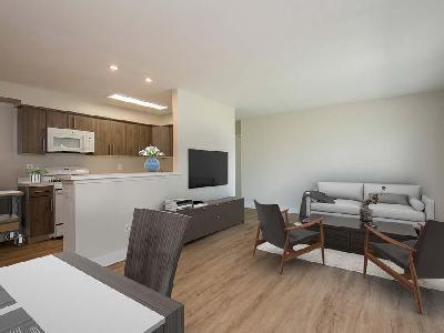 152 Chestnut Crossing Dr #135L - 1604USD / month