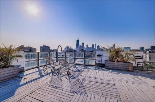 1555 N Dearborn Pkwy #27, Chicago, IL - $1,450 USD/ month