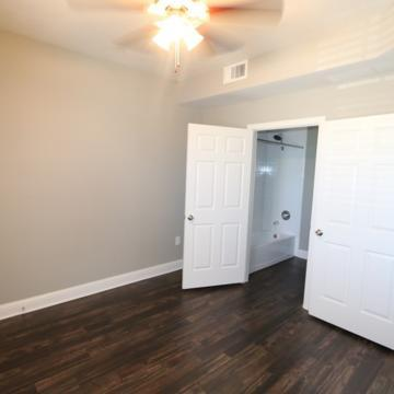 2950 Mustang Drive #403, Grapevine, TX - $1,868 USD/ month