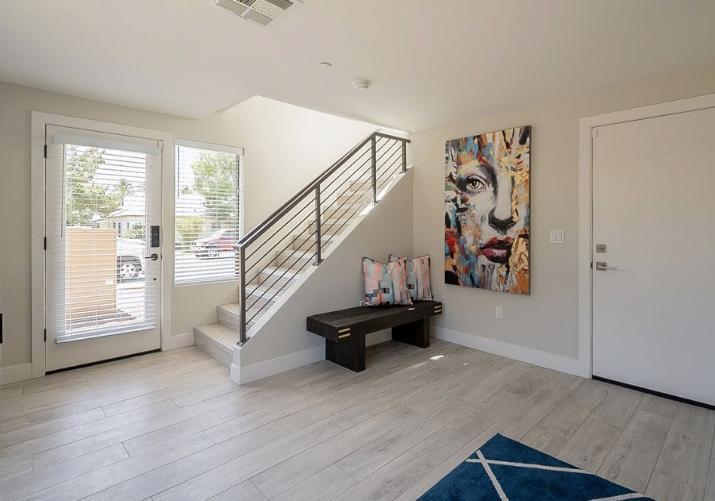233 S Roosevelt St #313, Tempe, AZ - $3,200 USD/ month