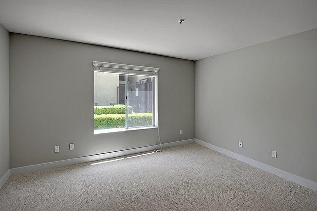 151 E Holly St #5-408, Pasadena, CA - $3,411 USD/ month