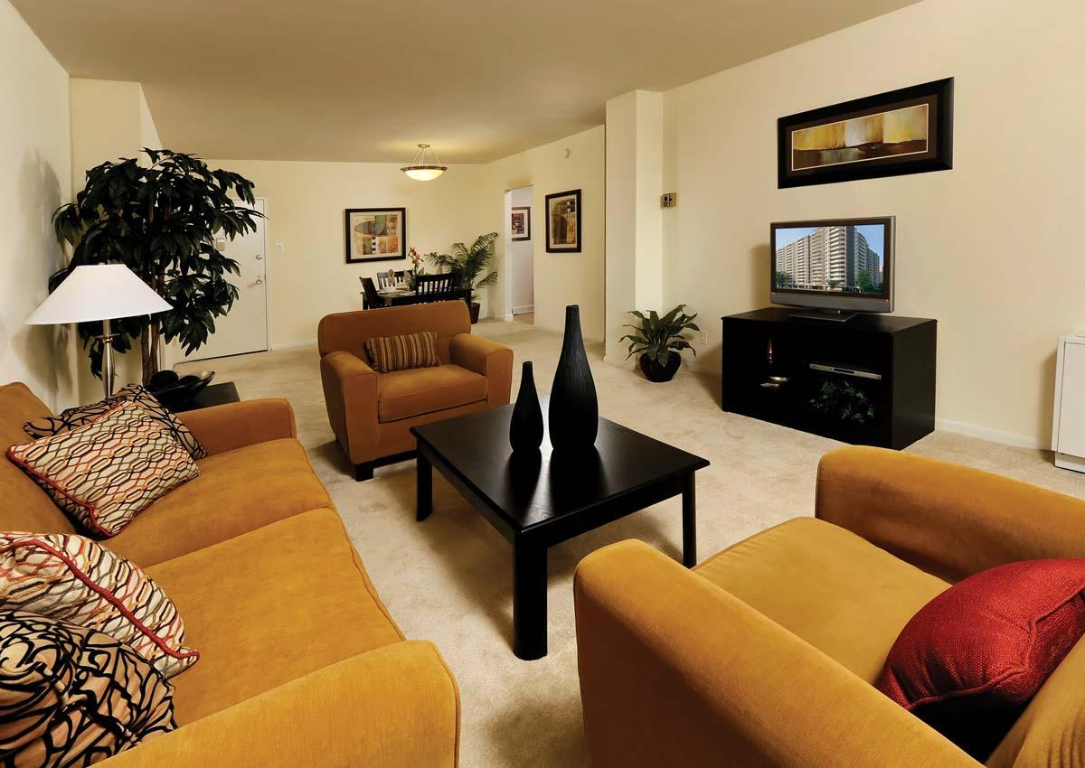 5480 Wisconsin Ave #0601-1590 Sq Ft, Chevy Chase, MD - $3,616 USD/ month