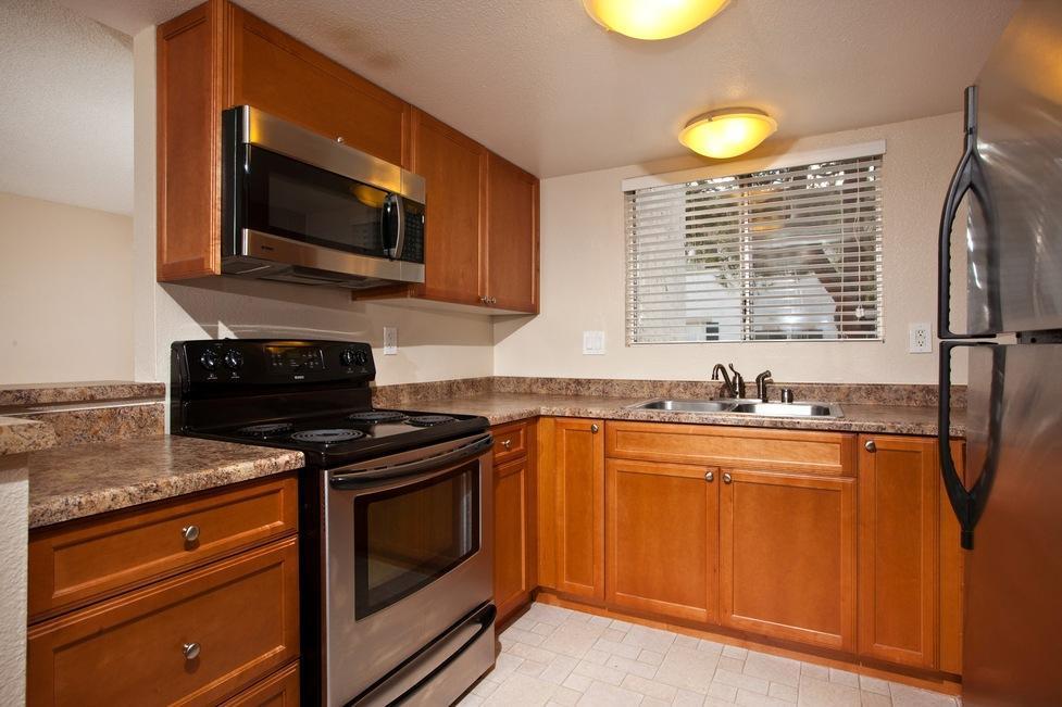 4395 70th Street #50, La Mesa, CA - $2,032 USD/ month