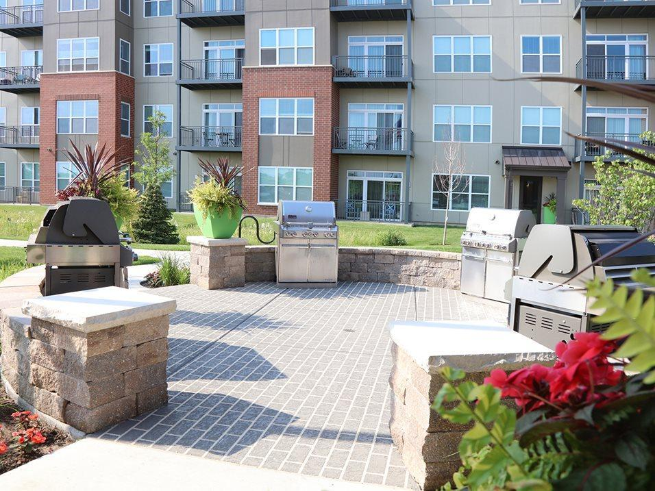 1133 N Arlington Heights Rd #39-106, Itasca, IL - $1,823 USD/ month