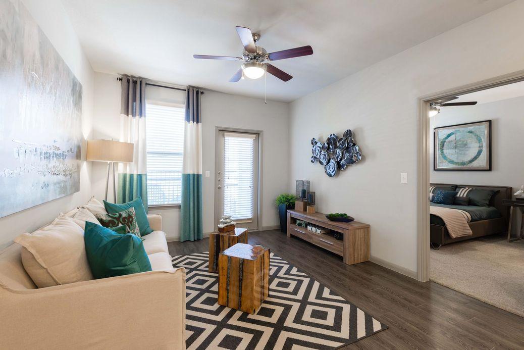 9900 S Mason Road #1136, Richmond, TX - $1,995 USD/ month