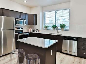 1601 East Highland Avenue #1178, Phoenix, AZ - $2,397 USD/ month