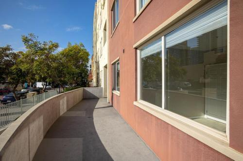 1601 India St #117, San Diego, CA - 4,950 USD/ month
