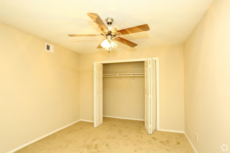 8805 N Plaza Drive #561, Austin, TX - 805 USD/ month