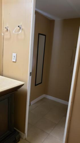 949 Amber Rd, Orlando, FL - $1,095 USD/ month