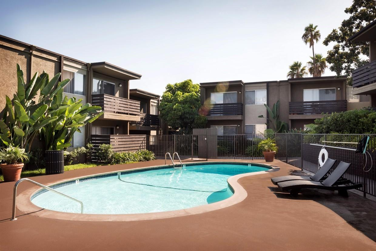 8515 Chloe Avenue #8, La Mesa, CA - $1,715 USD/ month