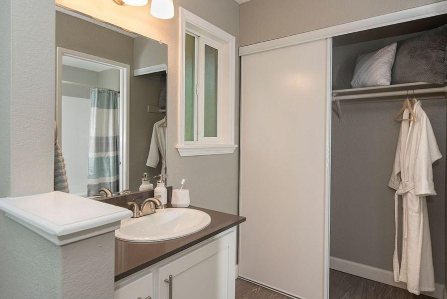 9201 Madison Ave #108, Orangevale, CA - $1,610 USD/ month
