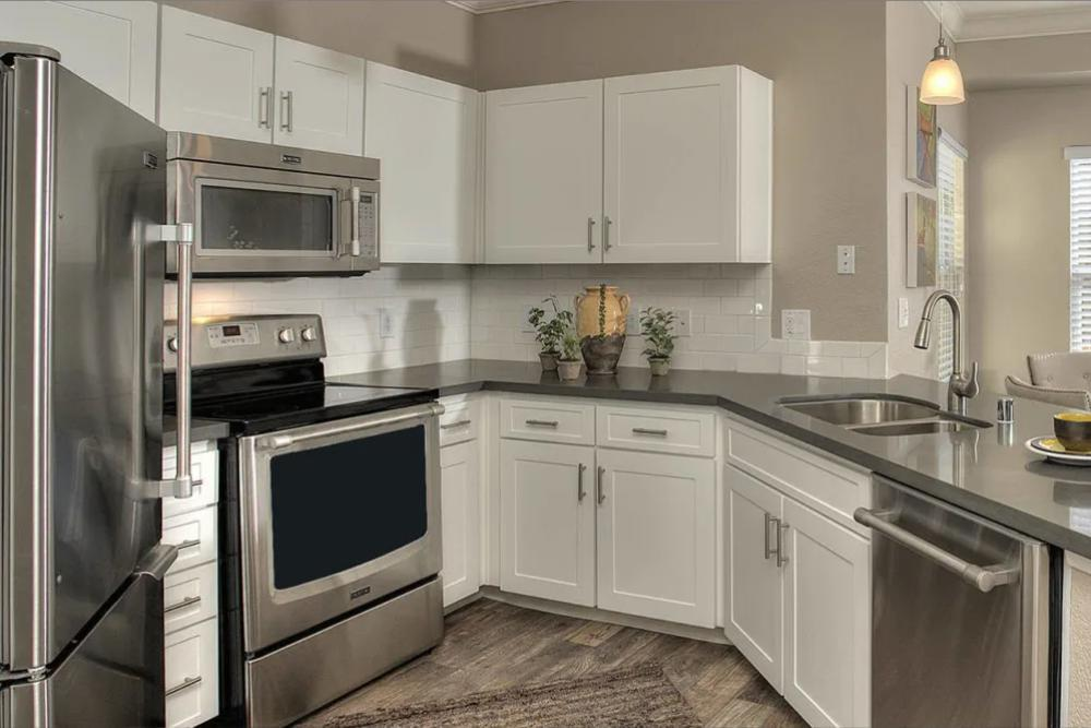1550 Iron Point Rd #1123, Folsom, CA - $2,319 USD/ month