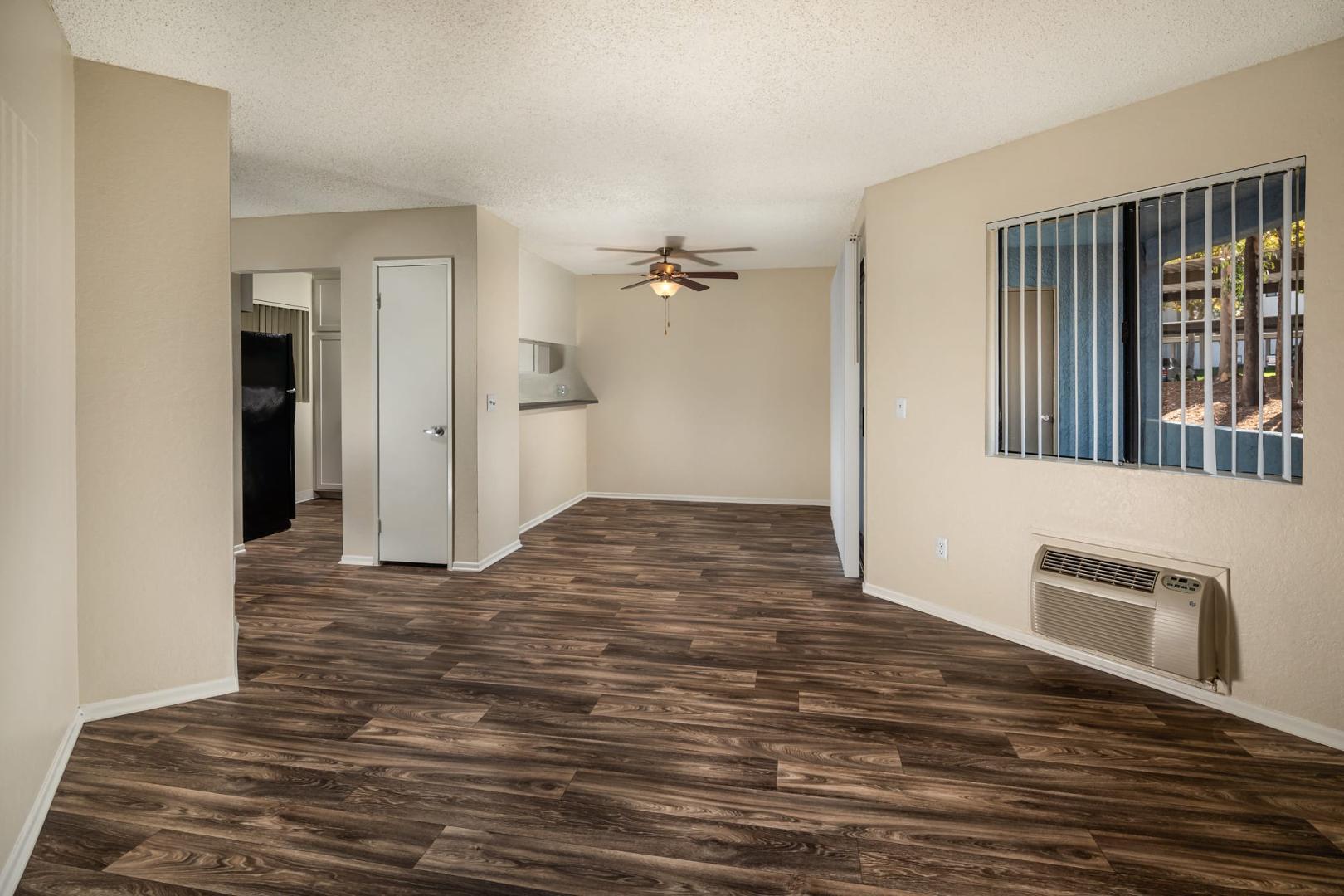 1501 E Grand Ave #1107, Escondido, CA - $2,595 USD/ month