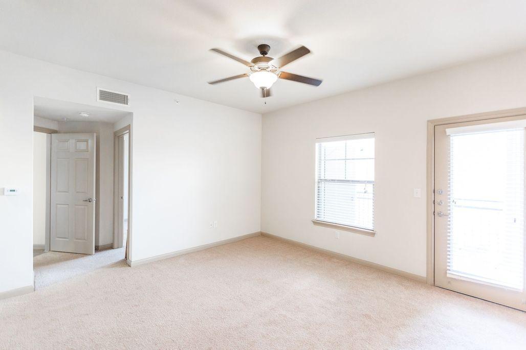 1833 Cheddar Loop Road #B2, Austin, TX - 1,270 USD/ month