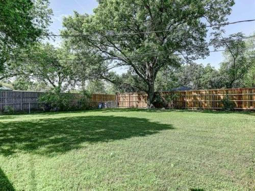 11328 Rupley Ln, Dallas, TX - $2,850 USD/ month