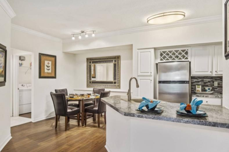 12137 Ashton Manor Way #4-203, Orlando, FL - $1,283 USD/ month