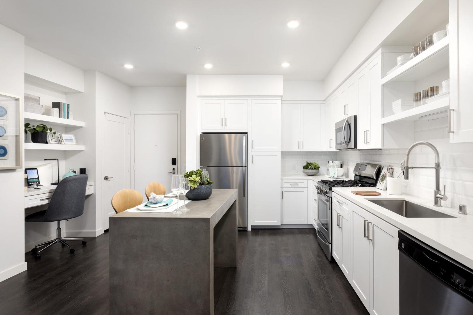1660 Metro Avenue #13-103, Chula Vista, CA - $4,094 USD/ month