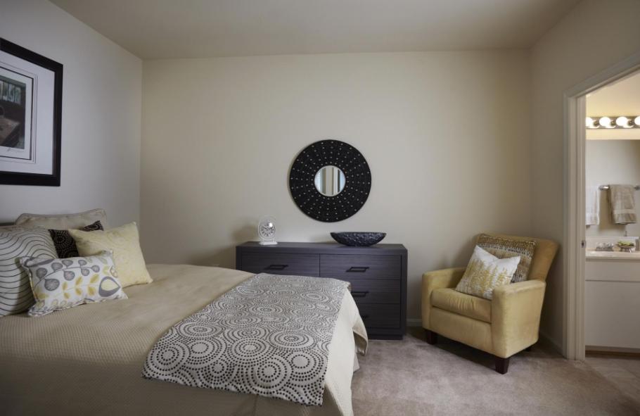 9701 Summit Circle #9705-3B, Largo, MD - $2,630 USD/ month