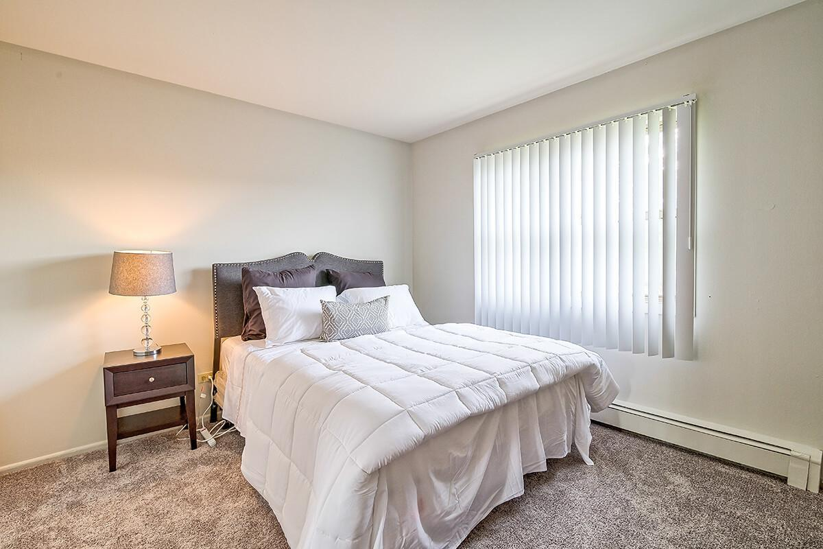 316 W 34th Street #416-301, Steger, IL - $925 USD/ month