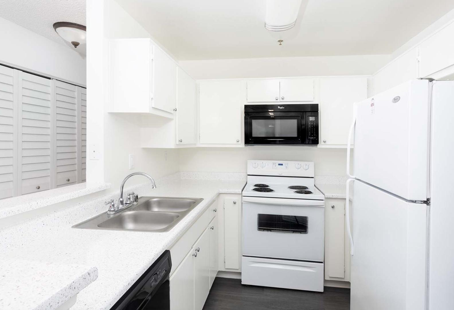 4335 Vineland Ave #214, Los Angeles, CA - 3,050 USD/ month