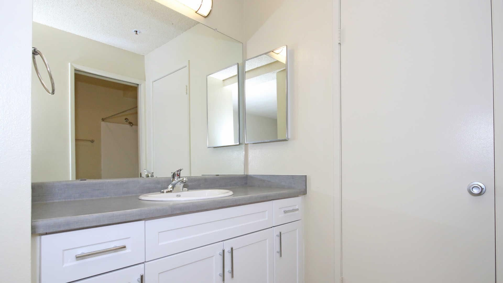 873 Stevens Ave #2311-875, Solana Beach, CA - $2,625 USD/ month