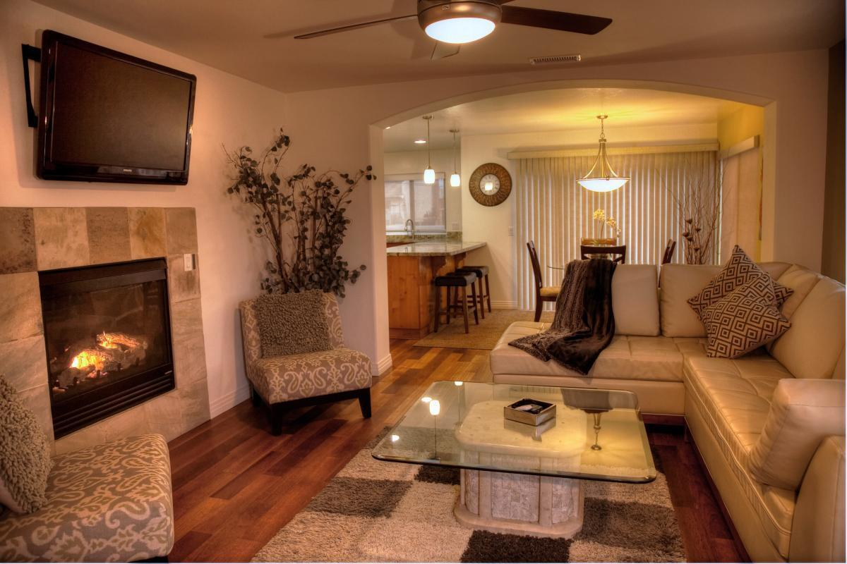 833 Felspar St, San Diego, CA - 6,500 USD/ month