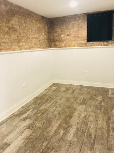 2312 N Greenview Ave #1, Chicago, IL - $3,800 USD/ month