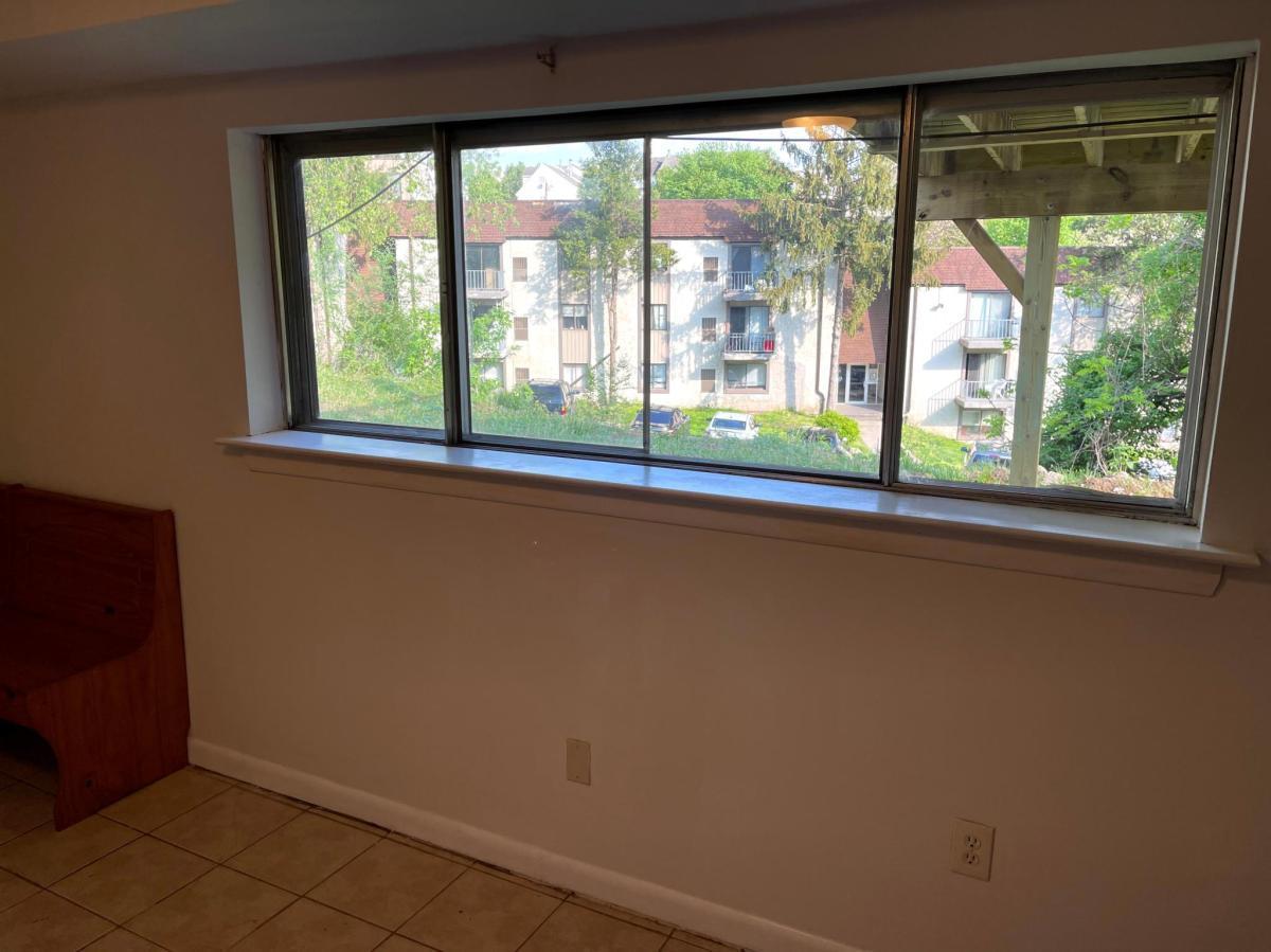 403 Livezey St, Philadelphia, PA - 900 USD/ month