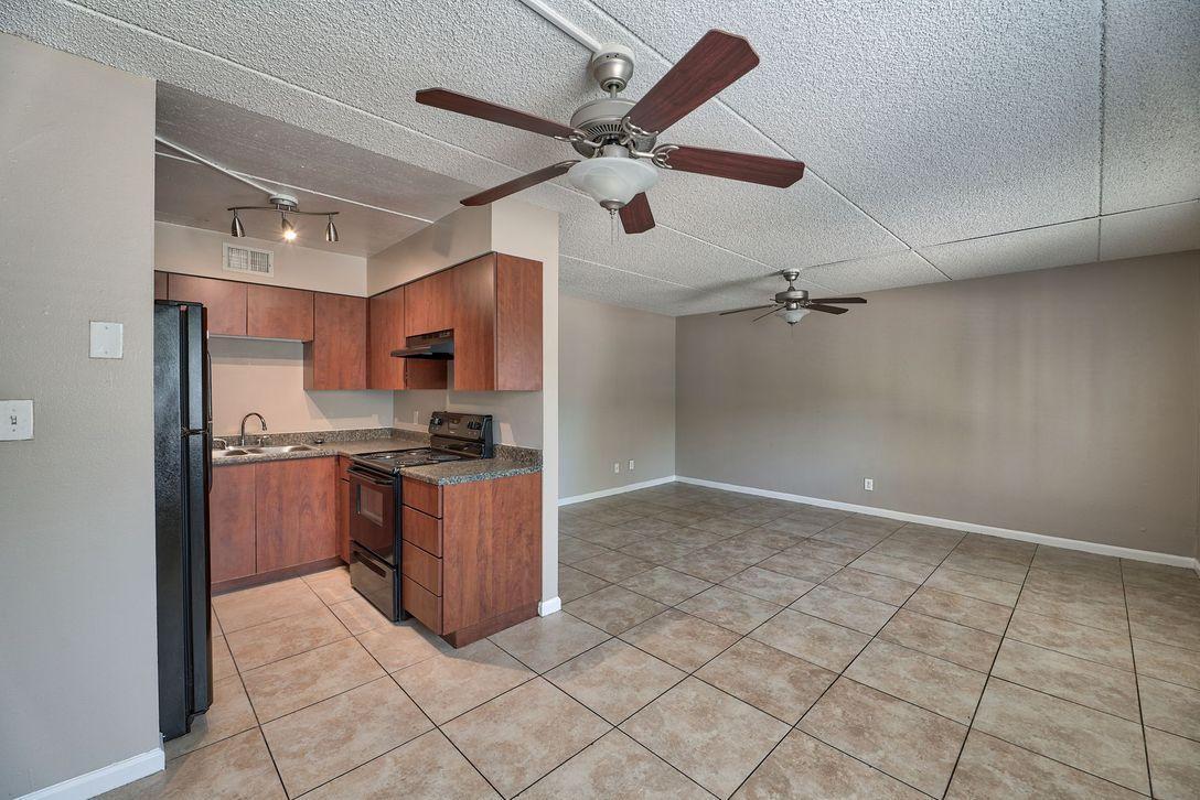 7750 N 12th Street #7718-02, Phoenix, AZ - 1,550 USD/ month