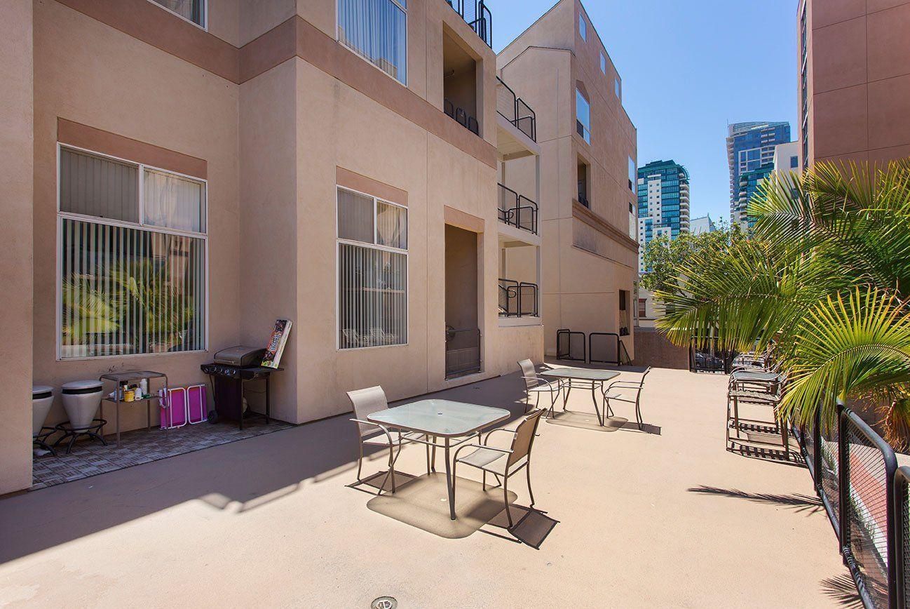 302 Island Avenue #435, San Diego, CA - 2,100 USD/ month