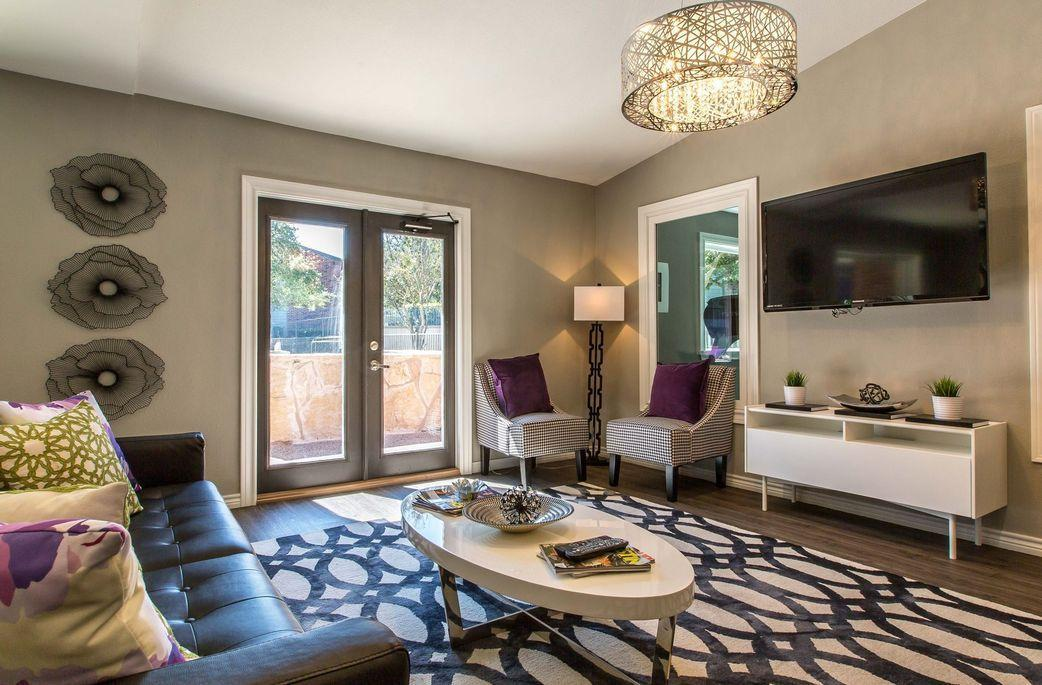409 East William Cannon Drive #266, Austin, TX - 1,235 USD/ month