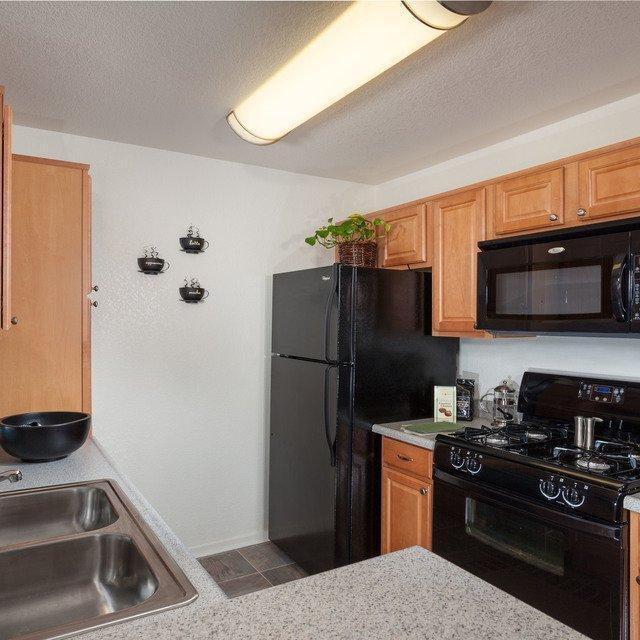 4400 Shandwick Drive #045, Antelope, CA - 2,887 USD/ month