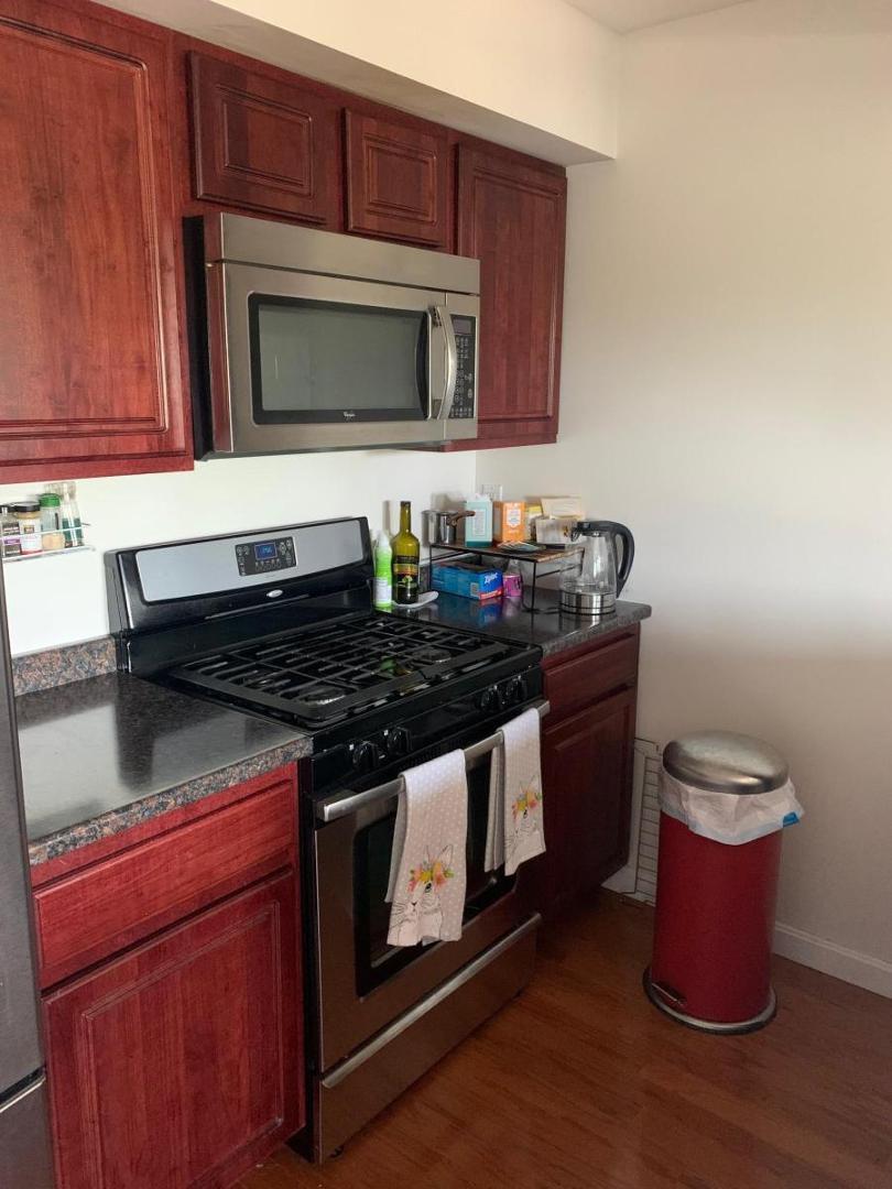147 Kelton St #504, Boston, MA - 2,800 USD/ month