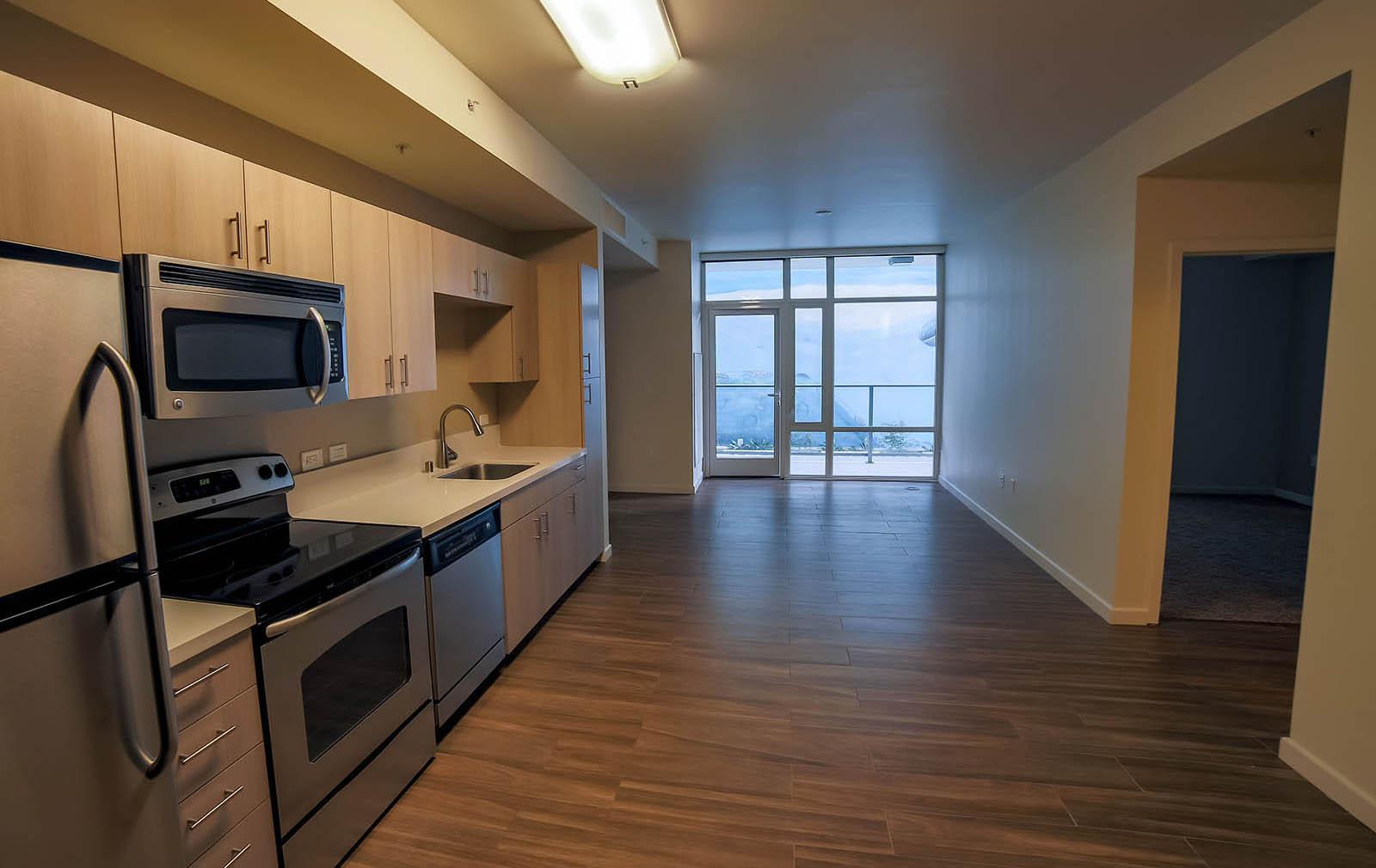 701 W Beech Street #FP - 1BR/1BA, San Diego, CA - 2,295 USD/ month