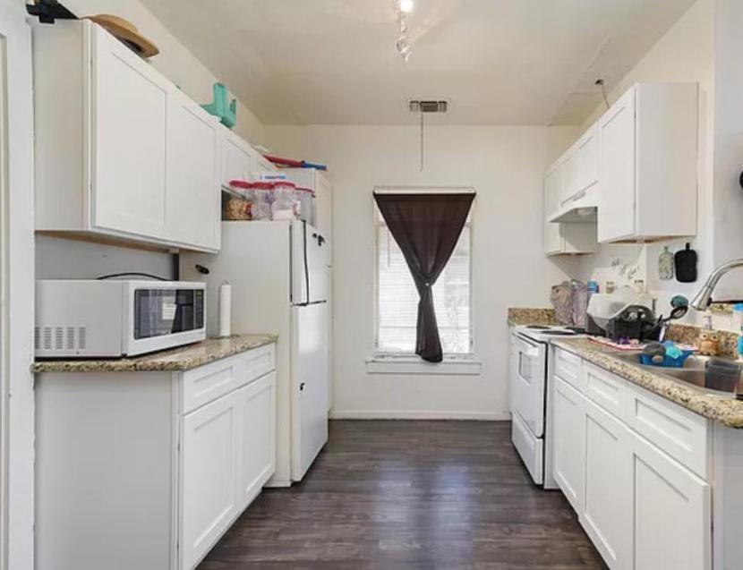 433 Cooper St, San Antonio, TX - 1,949 USD/ month