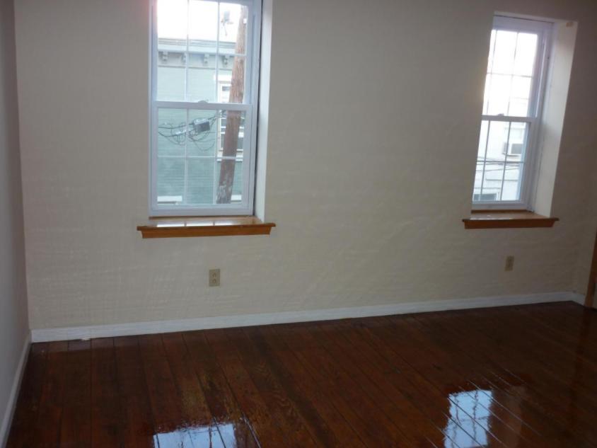 1800 Fitzwater St #2, Philadelphia, PA - 1,900 USD/ month