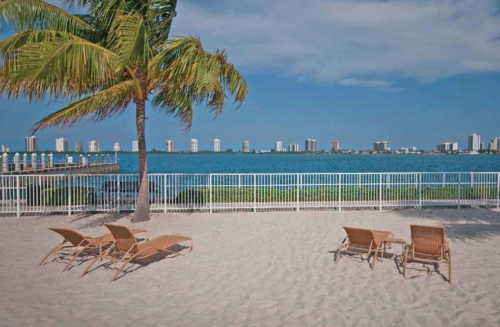 913 Lake Shore Drive #901-312, Lake Park, FL - 2,816 USD/ month