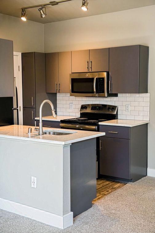 3601 E McDowell Rd #01117, Phoenix, AZ - 1,585 USD/ month