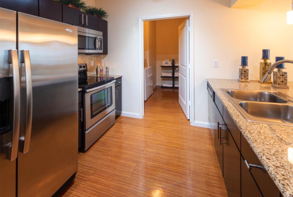 12808 Queensbury Lane #FP-B7, Houston, TX - 2,029 USD/ month