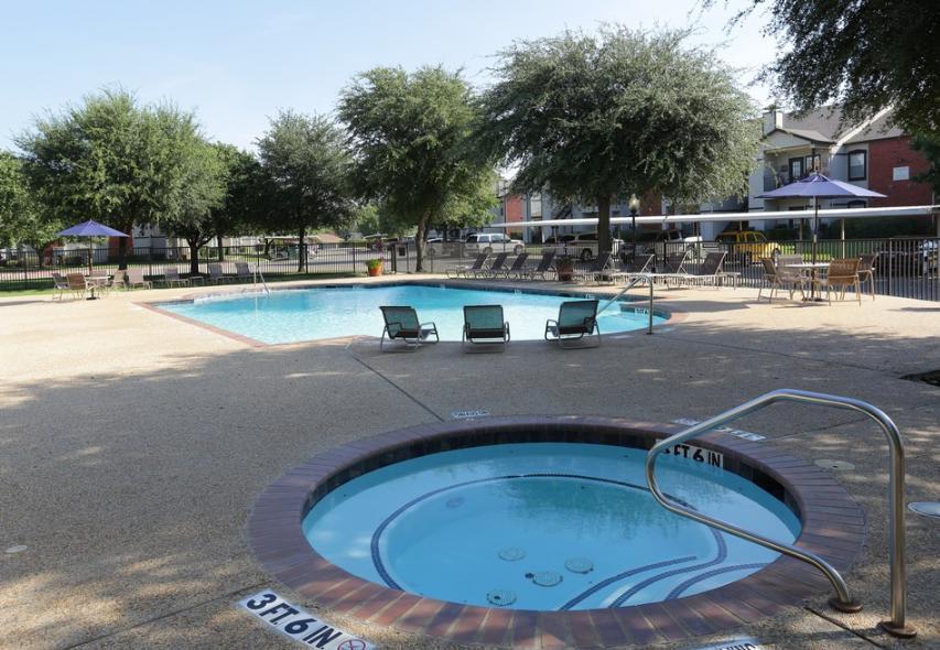 3232 N Locust Street #124, Denton, TX - 1,160 USD/ month