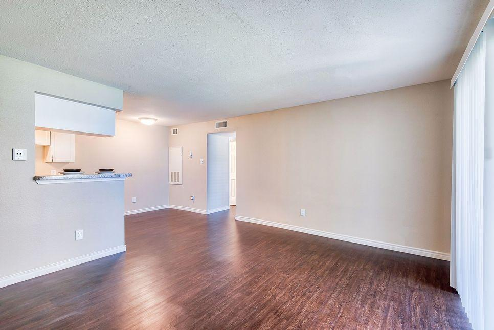 550 Normandy St #2511, Houston, TX - 989 USD/ month