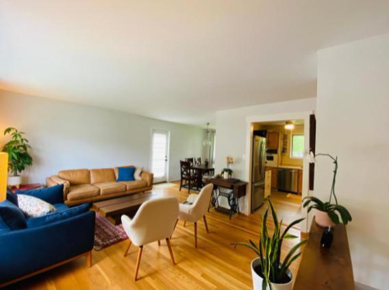 10207 Addison Ct, Fairfax, VA - 3,300 USD/ month