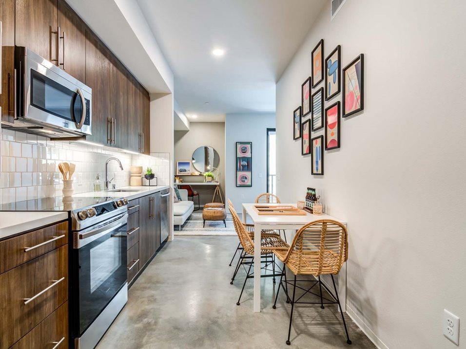 372 4th Avenue #608, San Diego, CA - 3,435 USD/ month