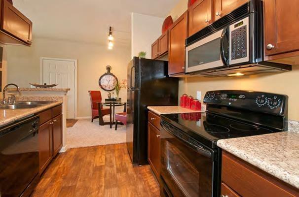 210 Amberwood S #211, Kyle, TX - 1,060 USD/ month