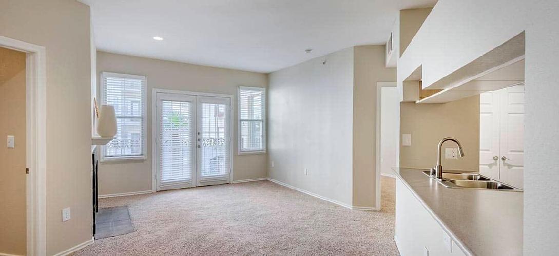 2815 Allen Street #318, Dallas, TX - 2,645 USD/ month