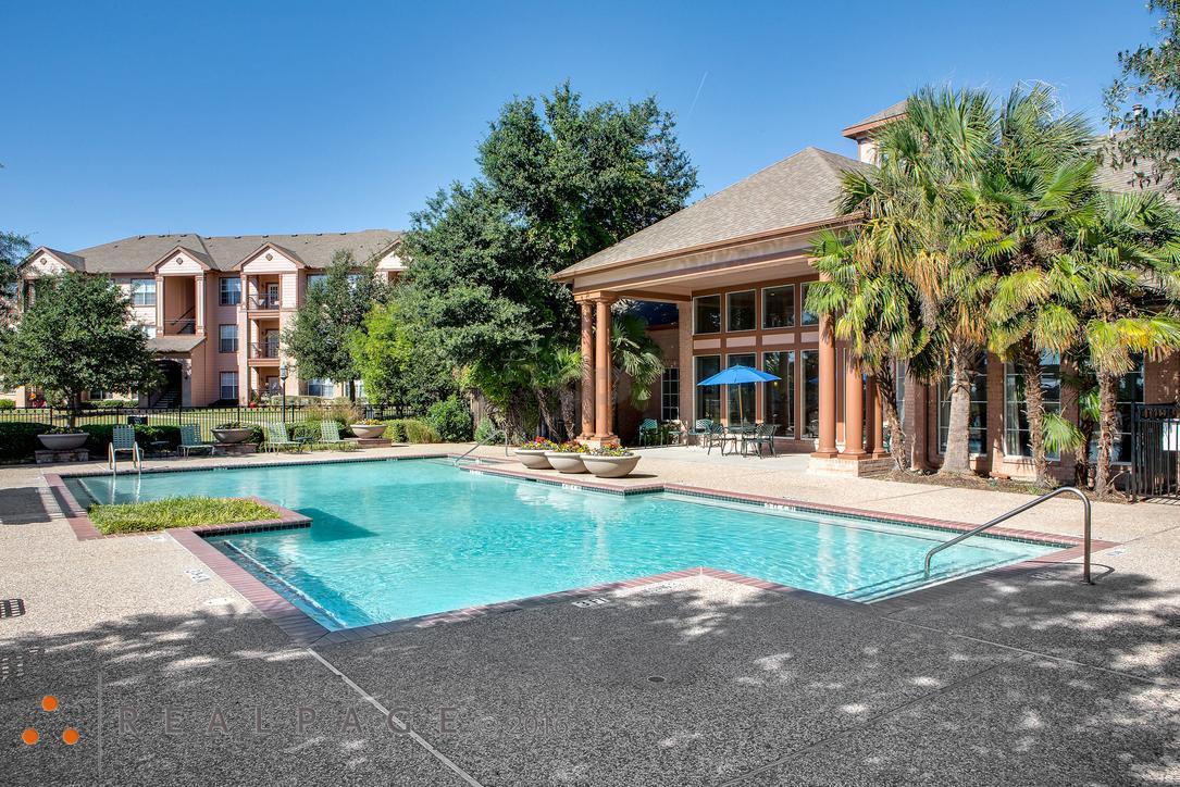 155 Lake Side Drive #5-104, Waxahachie, TX - 1,379 USD/ month